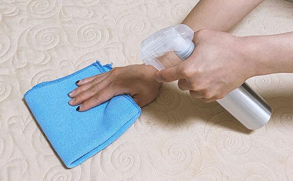 True Massage 按摩床消毒
