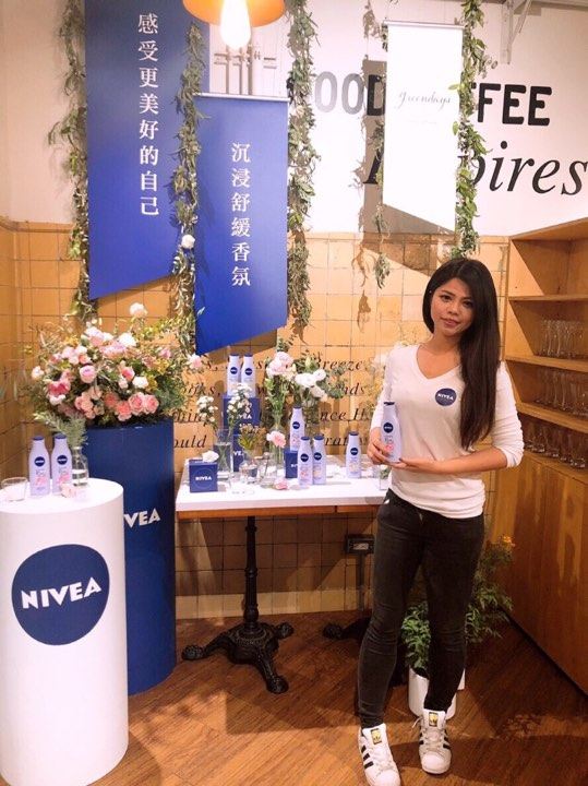 True Massage 擔任妮維雅NIVEA乳液品牌活動按摩師